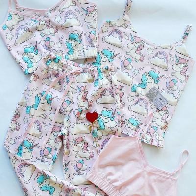 Пижамные брюки единороги на розовом фоне
