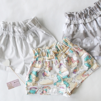 """Paradise"" шорты единороги на белом фоне"