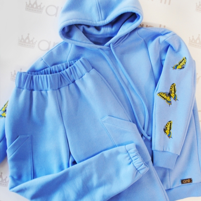 Оversize худи цвета голубого цвета с карманами в швах