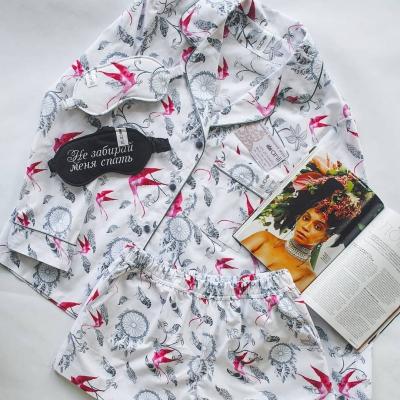 Домашние шорты с карманами ловец снов и ласточки
