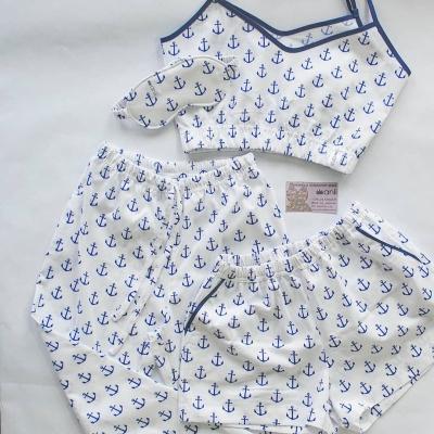 Пижамные брюки синие якоря на белом фоне