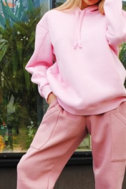 Оversize свитшот цвета зефирка с карманами в швах